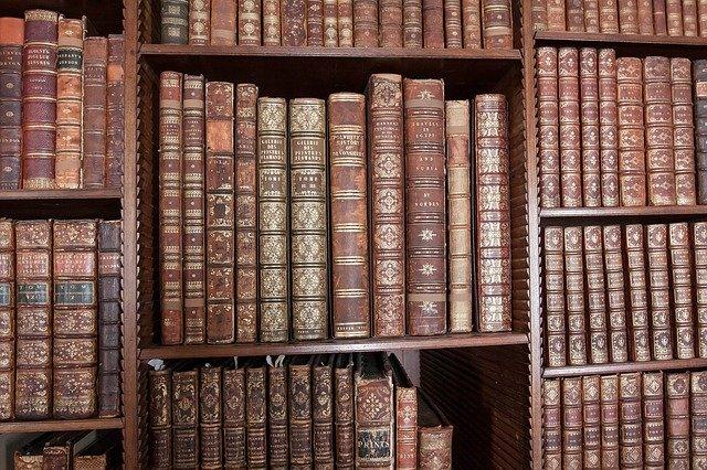 staré knihovny